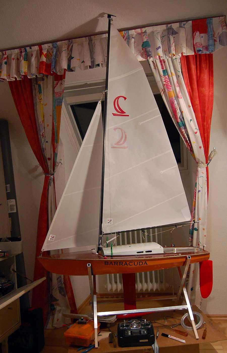Individuelle Modellsegel für individuelle Modellboote